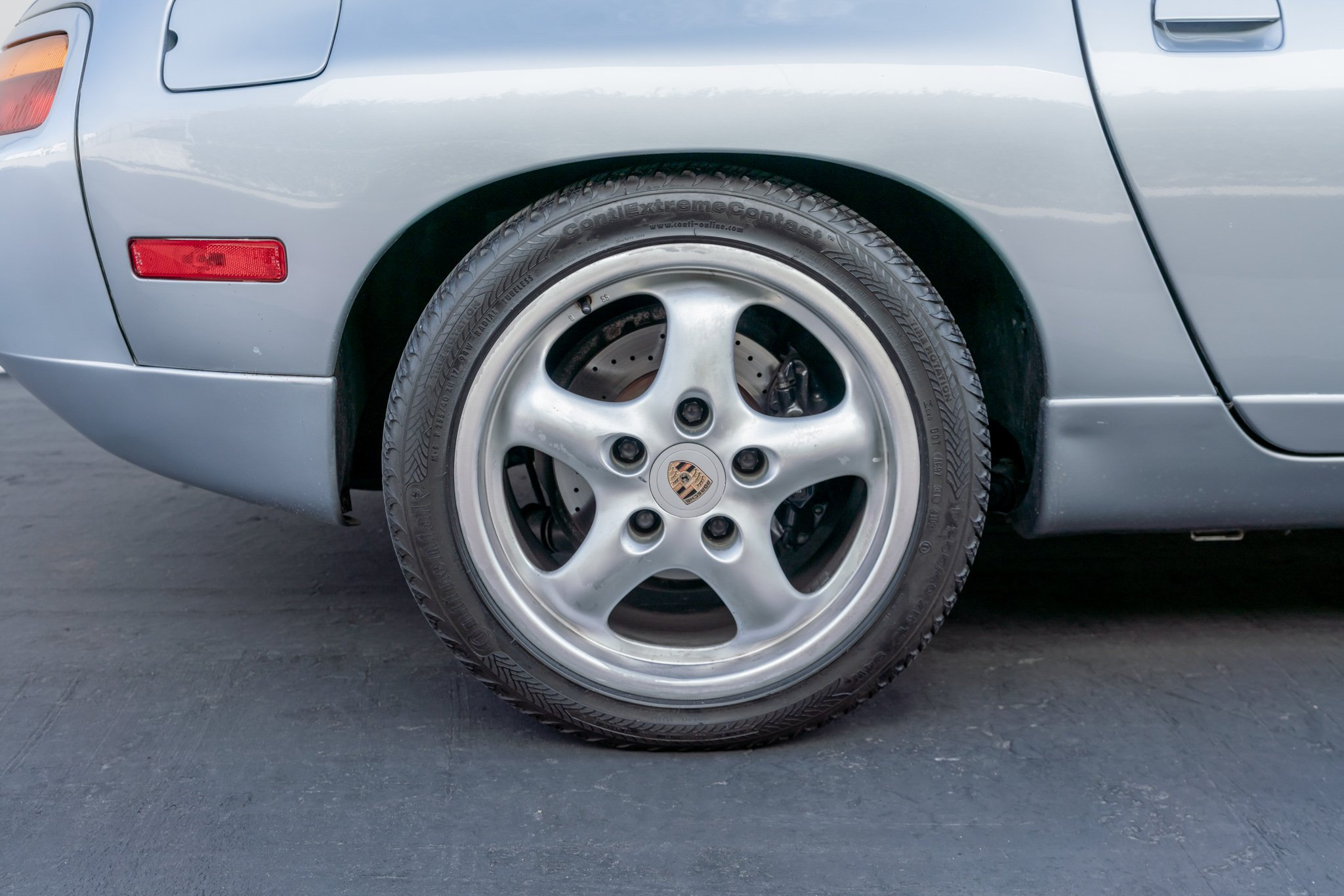 1995 Porsche 928 GTS #820114