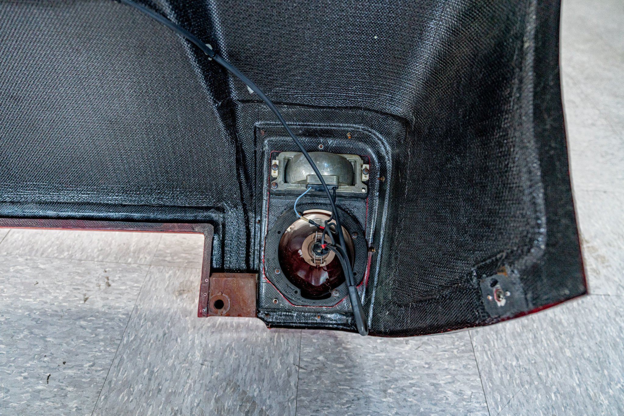 original spare nose from ferrari 333 SP #06