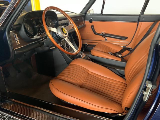 Ferrari 330 GTC driver interior