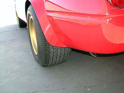 Ferrari 365 GTB4/C Comp Daytona rear tire