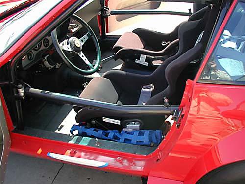 Ferrari 365 GTB4/C Comp Daytona driver interior