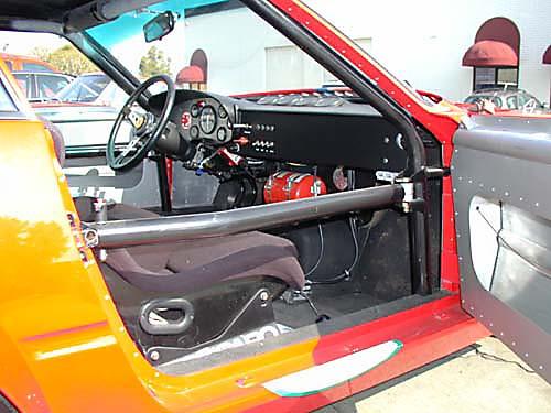 Ferrari 365 GTB4/C Comp Daytona passenger interior